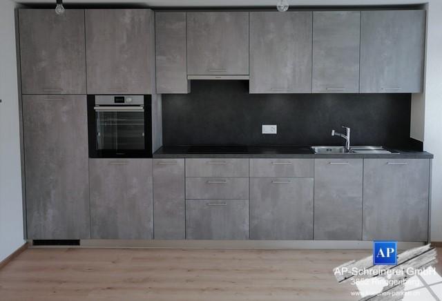 Einbauküche Modell D23 mit Betonoptik Küchenfronten. Küchenbau Interlaken, Küchenbau Meiringen, Küchenbau Brienz